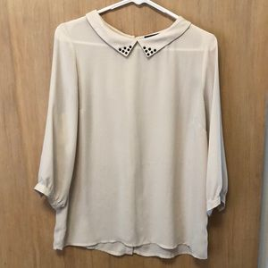 Forever 21 cream blouse | size M